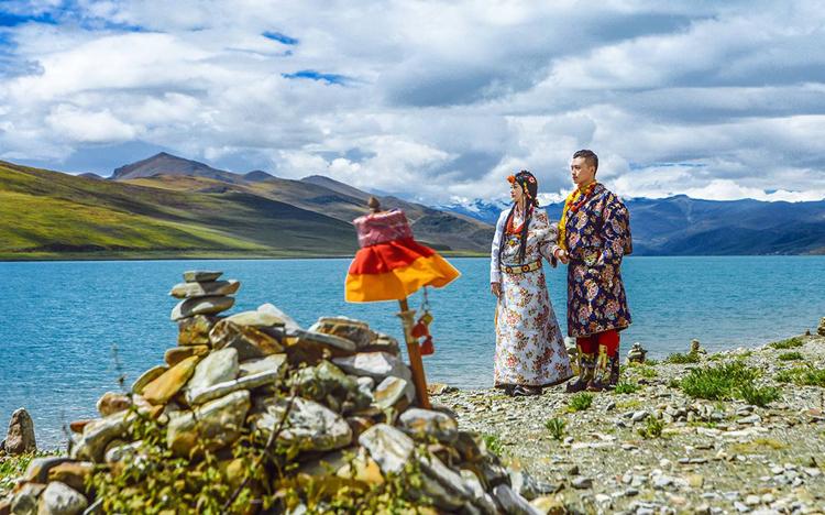 牛皮船旅拍——拍出西藏仙本那
